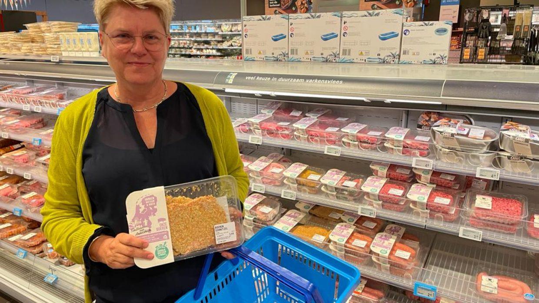 Boer in Supermarkt – Dartelpraat met Boerin Annechien